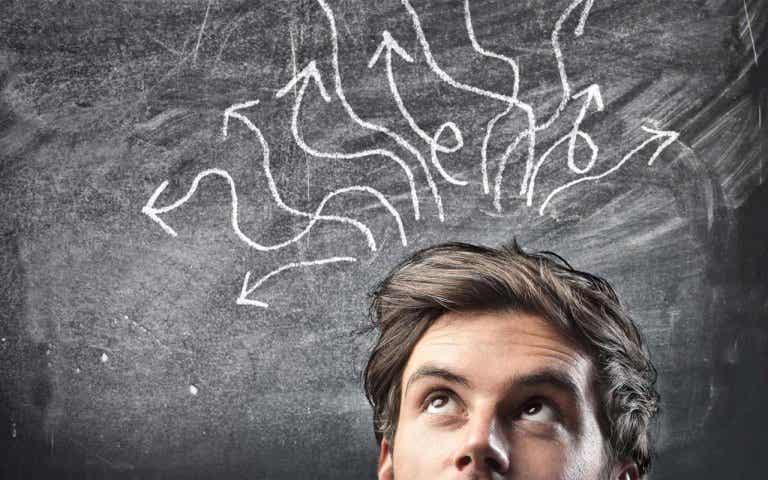 Pensée magique : concept et caractéristiques