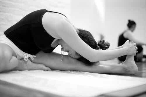 Le Yoga Bikram: caractéristiques et bénéfices