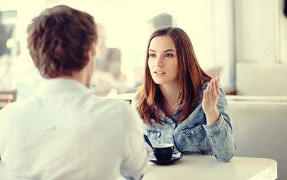 Ecouter sans empathie: la déconnexion émotionnelle