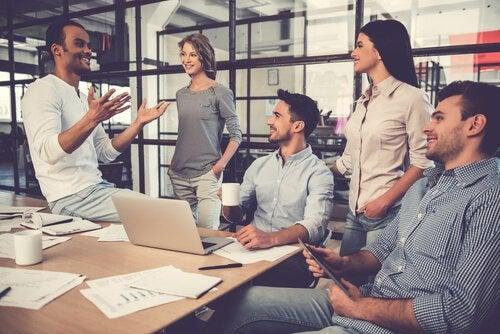 équipe de travail voulant évoluer sur le plan professionnel