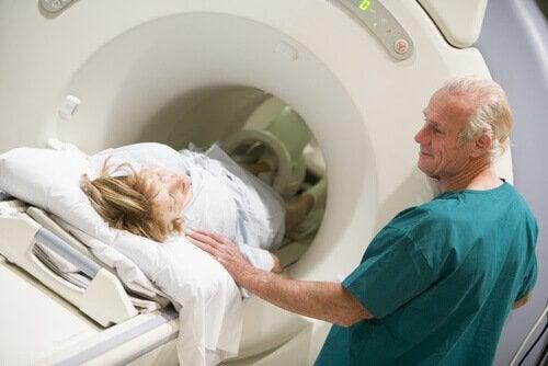 neurosciences et tomodensitométrie