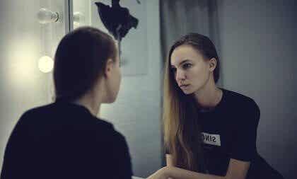 Thérapie d'exposition au miroir: en quoi consiste-t-elle?
