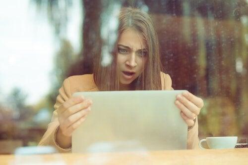 Profil psychologique du troll sur les réseaux sociaux