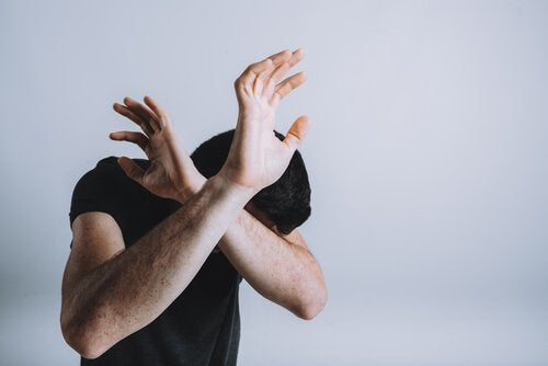 langage corporel de la peur et posture