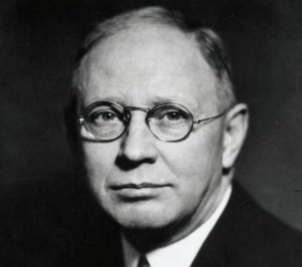 Clark L. Hull et le comportementalisme déductif