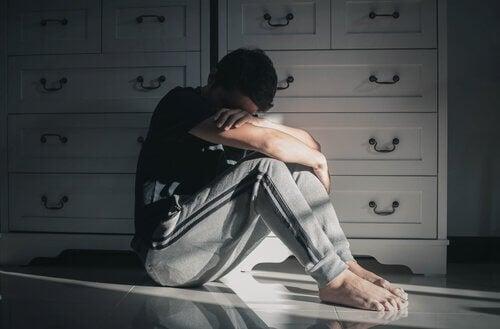 Comportement suicidaire : les variables liées