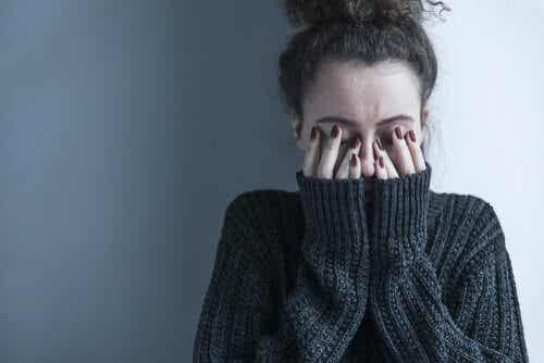 Dépression dissimulée: quelles sont les habitudes de ceux qui en souffrent?