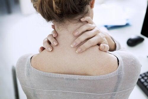 pauses actives au travail : exercices pour le cou et les épaules