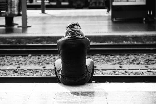 homme au comportement suicidaire