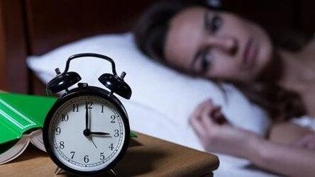 Le manque de calcium et de magnésium peut provoquer de l'insomnie