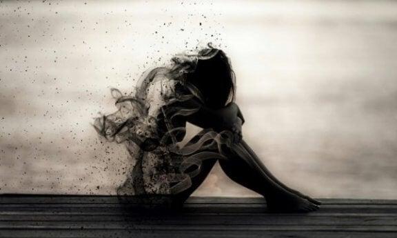 Les signes d'abandon émotionnel dans le couple