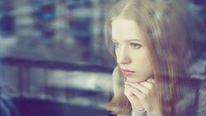 femme pessimiste