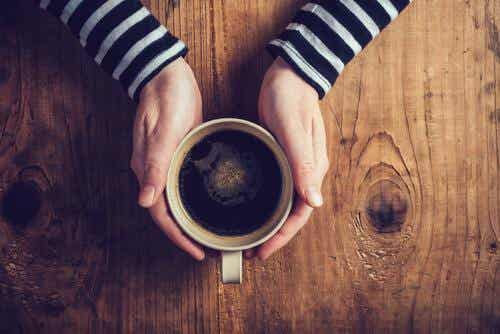 Les effets de la caféine sur la dépression