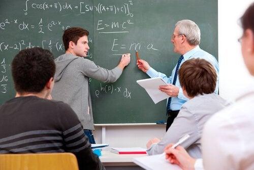 Comment agir face à un élève qui nous met à l'épreuve ?