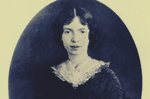 Emily Dickinson petite
