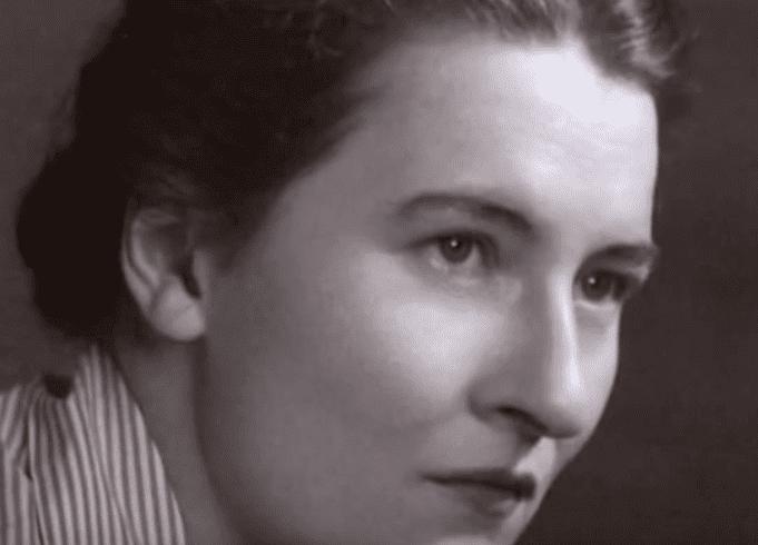 Mary Ainsworth jeune