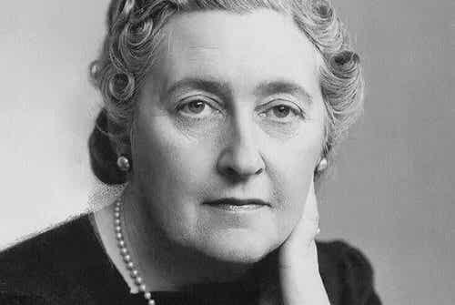 7 célèbres phrases d'Agatha Christie