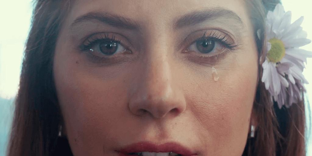 Lady Gaga dans le rôle d'Ally dans A Star Is Born