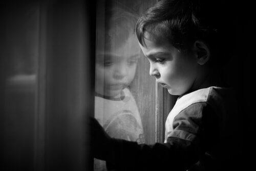 enfant souffrant d'un trauma