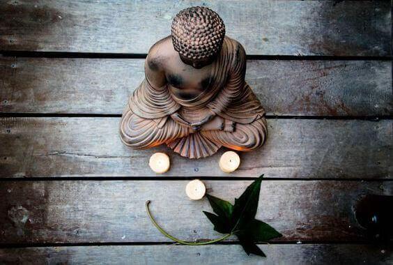 7 clés bouddhistes pour faire face aux situations difficiles