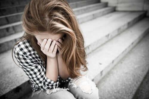 dépendance émotionnelle et dépression chez les adolescents