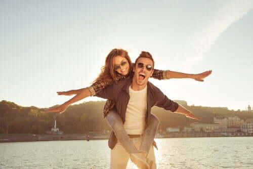 5 clés pour maintenir l'indépendance dans le couple