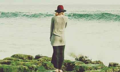 S'éloigner pour prendre du recul, l'art de réfléchir à distance
