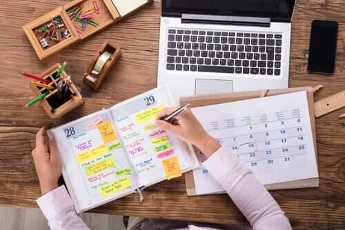 utiliser un agenda pour mieux gérer son temps