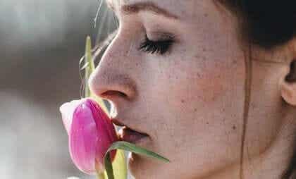 Pourquoi nous résulte-t-il si difficile d'oublier un amour ?