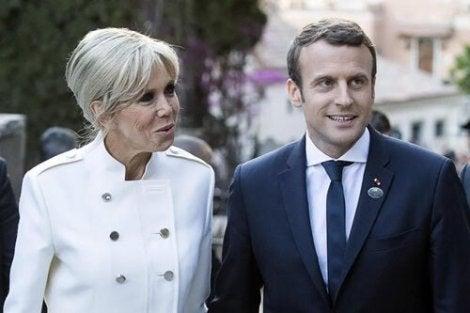 Emmanuel Macron et son épouse Brigitte ont une différence d'âge