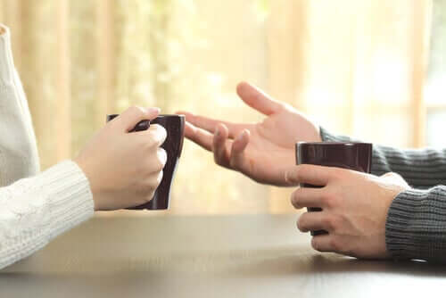 Geoffrey Beattie et son étude de la communication non-verbale
