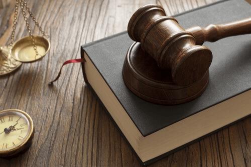 Les instruments de la justice