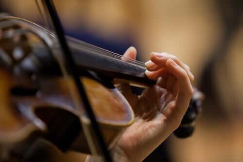 Un violoniste en action