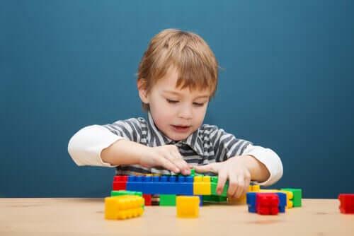 Les jeux de construction et l'enfant