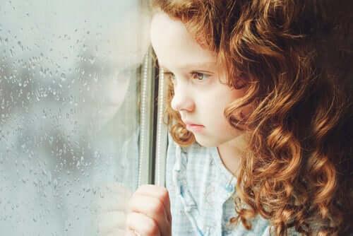 Les enfants se sentent-ils vides ou seuls comme les adultes?