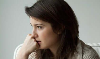 Une femme ayant des troubles psychologiques et présentant une résistance thérapeutique