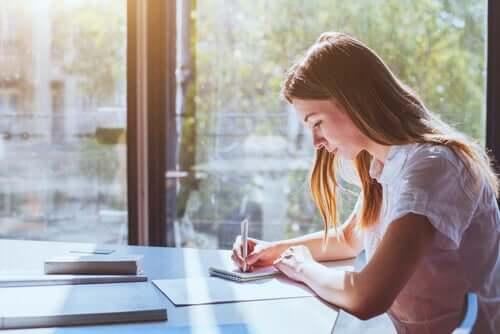 Il existe certaines techniques d'étude qui peuvent s'avérer efficaces