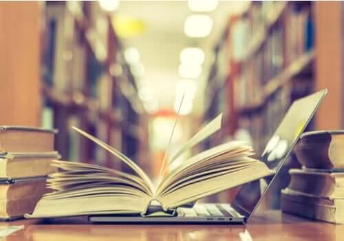Un livre d'une personne qui souhaite reprendre les études