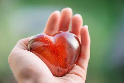 La générosité, c'est avoir le cœur sur la main