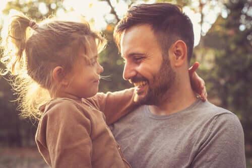 Un père ayant à coeur d'apprendre aux enfants à être reconnaissants