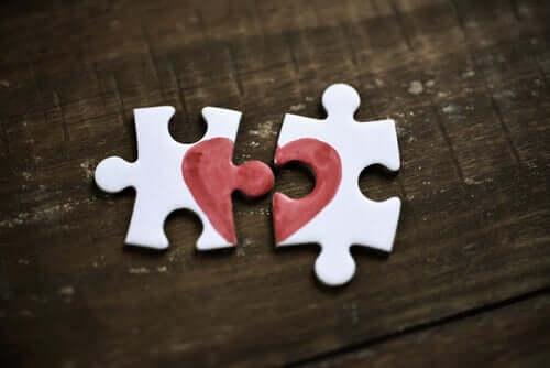 5 sentiments qui ressemblent à de l'amour et qui n'en sont pas