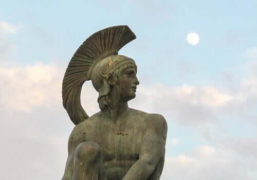 mythe d'Aphrodite et Arès : statue d'Arès
