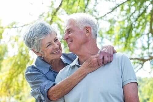 Les maladies neurodégénératives touchent souvent les personnes âgés