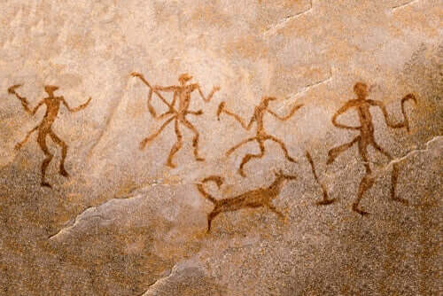 Des dessins dans une grotte