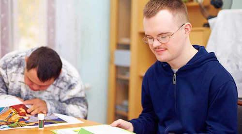 Apporter une aide aux personnes handicapées