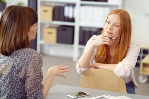 L'assertivité entre deux collègues