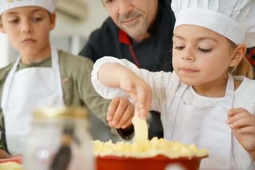 La cuisine pour expliquer la paix aux enfants