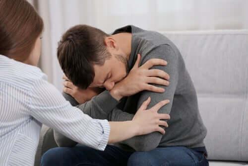 Un homme en dépression à cause de la maladie de Huntington