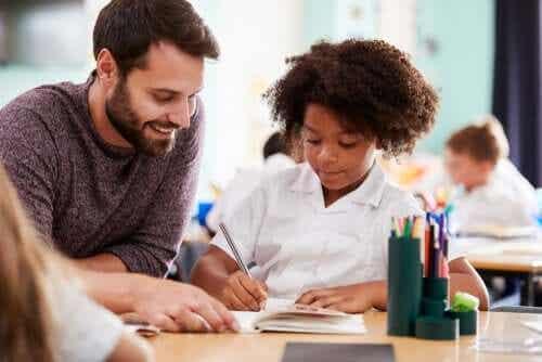 Un professeur travaille pour l'éternité