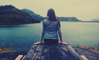 Les 5 émotions qui accompagnent une crise personnelle